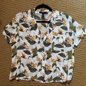 Forever 21 Floral Hawaiian Camp Collar Shirt